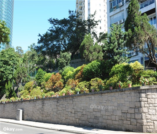 Evergreen Villa for For Sale in Mid-levels East - #Ref 2205 - Photo #2