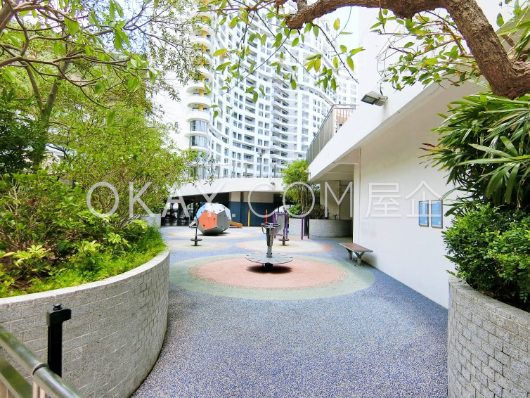Repulse Bay Apartments For Sale in Repulse Bay - #Ref 22 - Photo #6