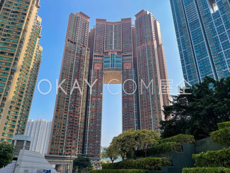 The Arch - Star Tower (Tower 2) For Sale in Kowloon Station - #Ref 104 - Photo #6
