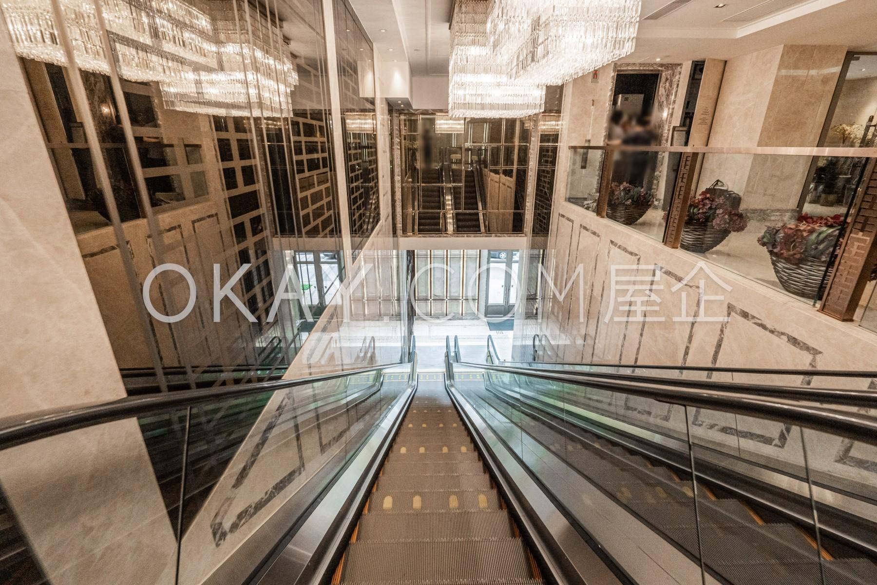 Lobby - Block 5