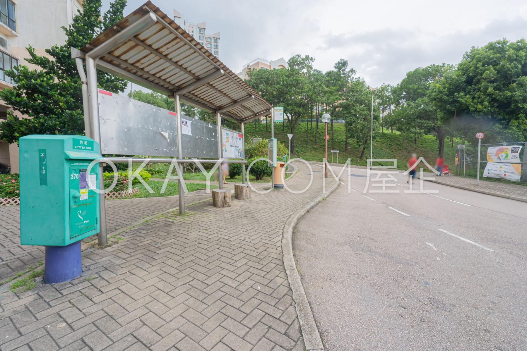 T4 Bus Stop