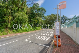 Guildford Road with Bus Stop