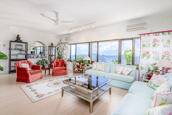 HK$82M 0SF Mountain Lodge For Sale