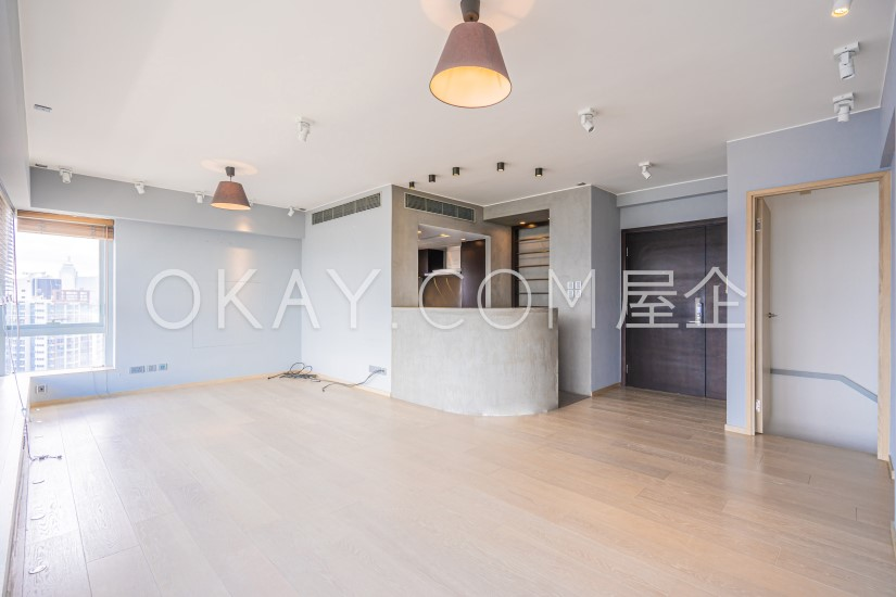聚賢居 - 物業出租 - 1220 尺 - 價錢可議 - #7122