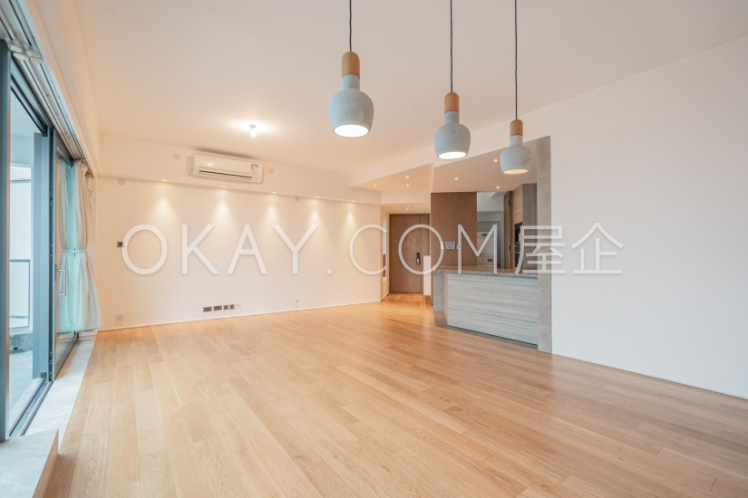 HK$90K 1,292SF Azura For Sale and Rent