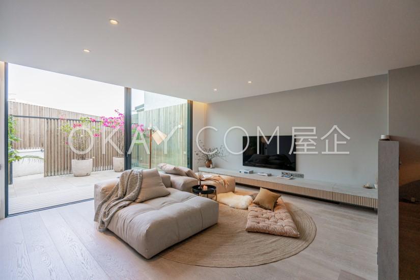 Subject To Offer 1,481sqft Habitat For Sale