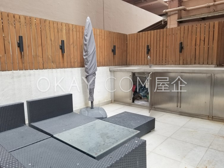 HK$17K 265SF Han Yu Building For Sale and Rent