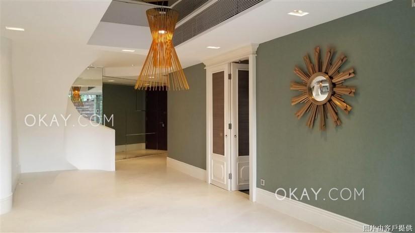 Living Room G Floor