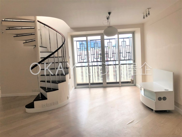 Subject To Offer 1,046sqft Taikoo Shing - Oak Mansion For Sale