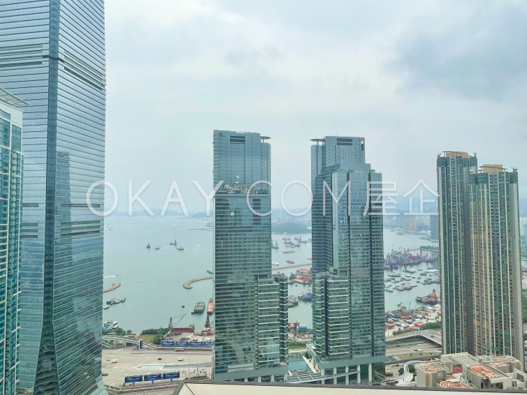 Subject To Offer 970SF The Arch - Moon Tower (Tower 2A) For Sale