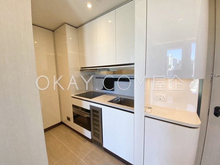 HK$40K 861SF Townplace Soho For Sale and Rent