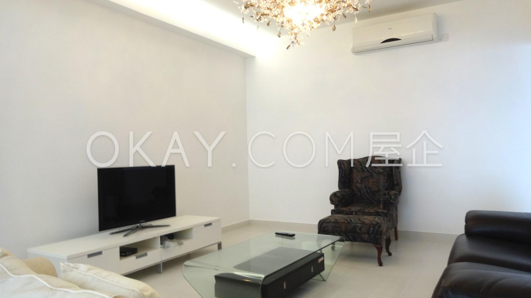 Reverse view - living room