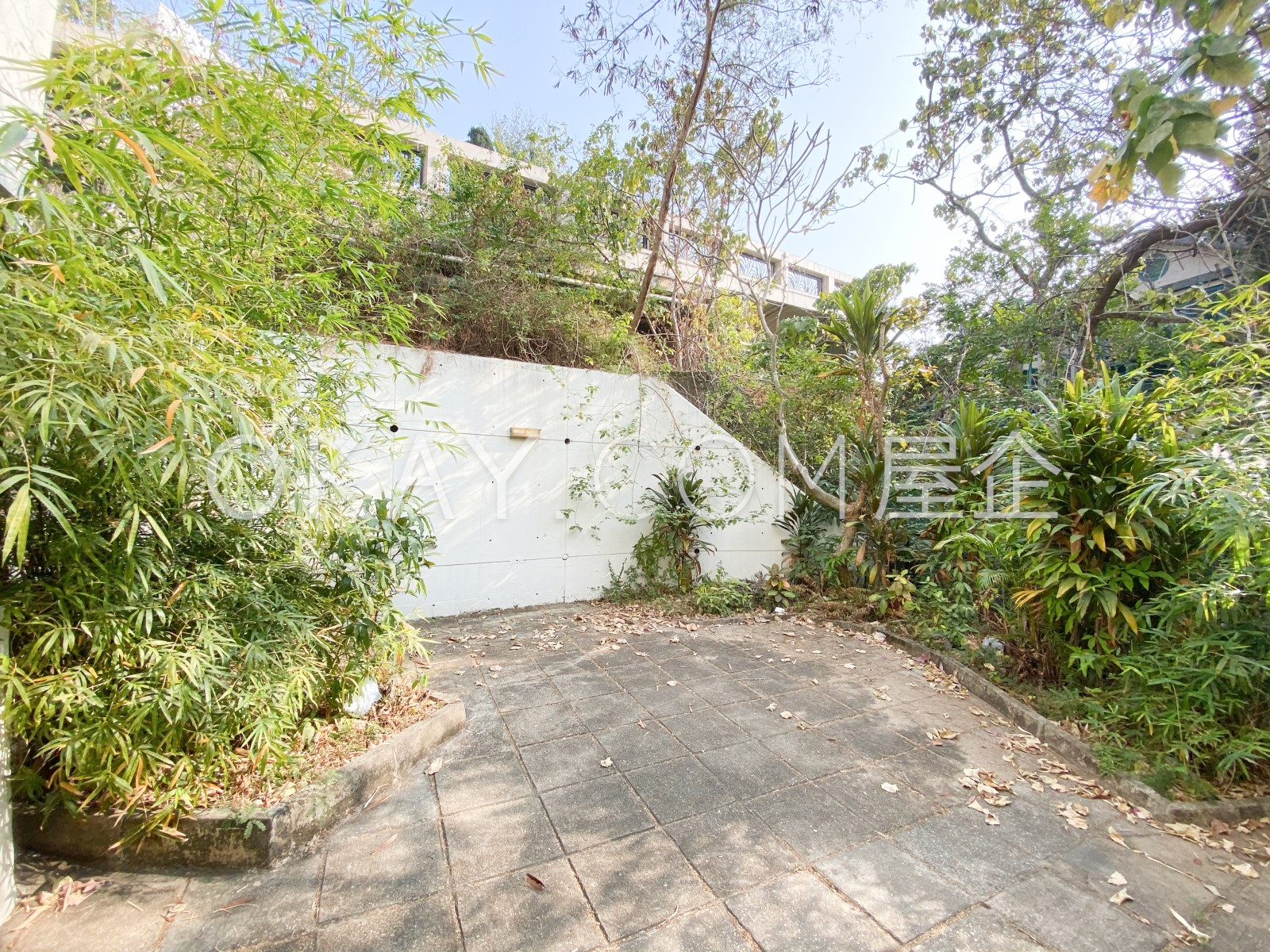 Private Terrace (1)