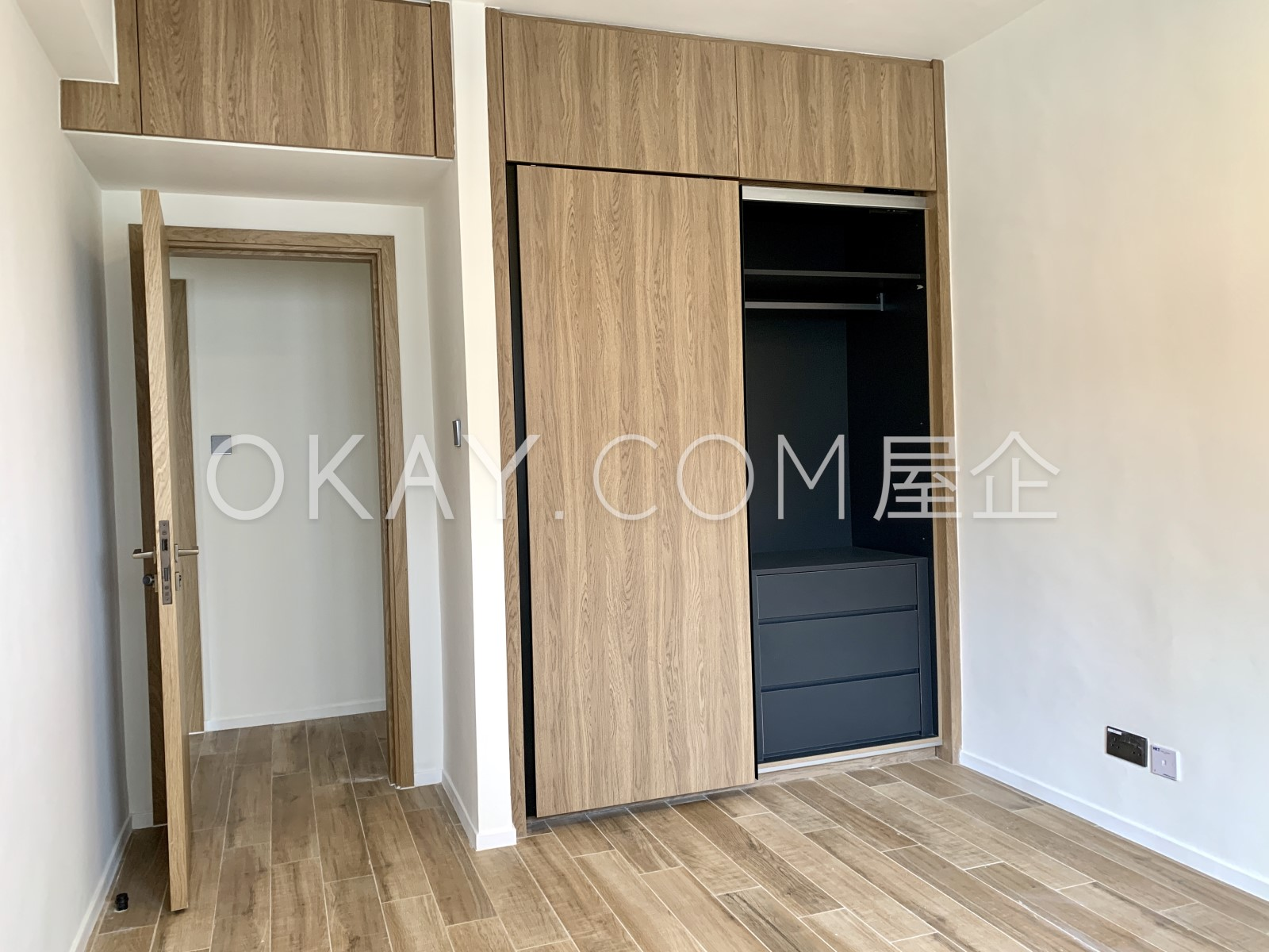 Built in wardrobe in 3rd Bedroom