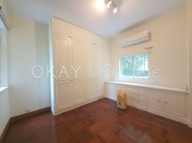 Master Bedroom/Study Area