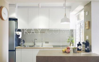 Pokfulam Gardens - For Rent - 705 sqft - HKD 11.9M - #395442